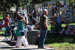 Saturday, September 25, 2021 Snug Harbor Cultural Center Staten Island, NY Photographs by Mary DiBiase Blaich  The Staten Island Museum's 71st Annual Fence Show, highlighting art and fine crafts, was held today at  Snug Harbor Cultural Center  in Livingston, Staten Island.