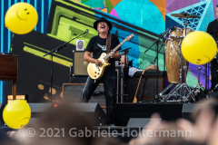 """Guitar legend Carlos Santana performs for the crowd attending the """"We Love NYC Homecoming Concert"""" on the Great Lawn in Central Park.(Photo by Gabriele Holtermann)"""