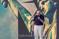 """Senator Chuck Schumer addresses the crowd the """"We Love NYC Homecoming Concert"""" on the Great Lawn in Central Park. (Photo by Gabriele Holtermann)"""