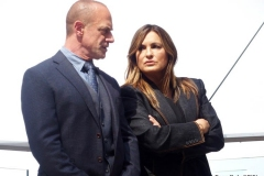 """New York-   Filming the Television show"""" Law and Order- Organized Crime"""" in  the financial District of Manhattan Christopher Meloni , Mariska Hargitay"""