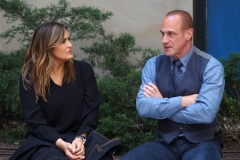"""New York-   Filming the Television show"""" Law and Order- Organized Crime"""" in  the financial District of Manhattan Mariska Hargitay , Christopher Meloni"""