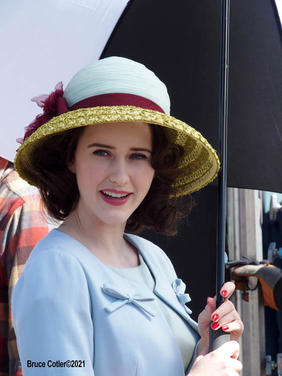 "The Cast of ""The Marvelous Mrs. Maisel"" films season 4 in Coney Island Amusement park"