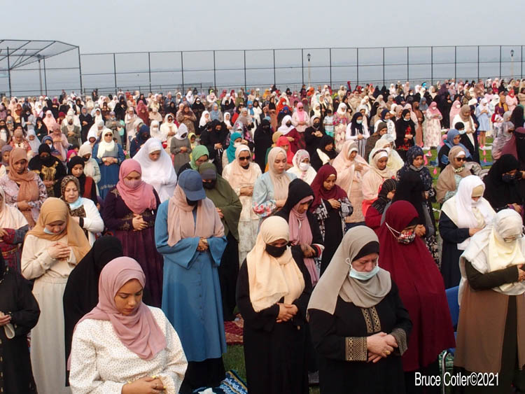 NYC Mayor Bill de Blasio At Early Morning Eid Prayer Service in Brooklyn