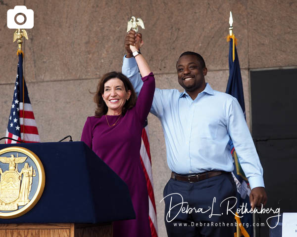 Governor Hochul Makes Special Announcement With State Senator Brian Benjamin in Harlem